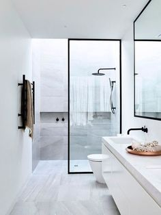 Small Bathroom Shower Remodel Ideas - Page 18 of 63 Grey Bathrooms, White Bathroom, Bathroom Interior, Bathroom Modern, Bathroom Small, Master Bathrooms, Modern Toilet, Kitchen Interior, Bathroom Layout