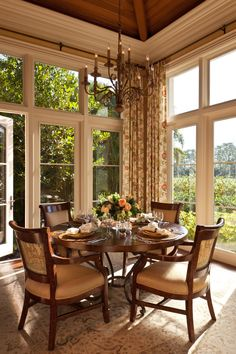 Like: Ceiling, windows, draperies (idea to consider.match panels on back of chairs to draperies) Kitchen - traditional - kitchen - toronto - Douglas Design Studio Dining Room Design, Kitchen Design, Dining Rooms, Dining Area, Dining Corner, Traditional Kitchen, Traditional House, Design Studio, House Design