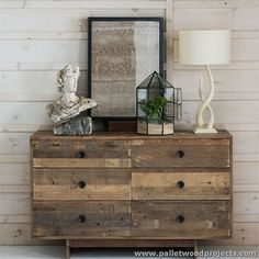 Pallet Dressing Tables with Mirror