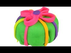 Play doh Peppa pig Kinder Surprise eggs Minnie mouse English Playdough #peppa #toys #surpriseeggs #minnie #mlp