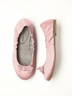 Adorable flower girl shoes from Dessy will make her feel like a princess! Children's satin ballet flats with delicate grosgrain bow, stitched so it will stay perfectly tied. Soft sueded lining is comfortable and secure for little feet. Lovely for a wedding or party wear! http://www.dessy.com/accessories/flower-girl-shoes/