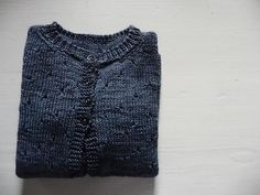 design by mani sunshine, knit by cochenille