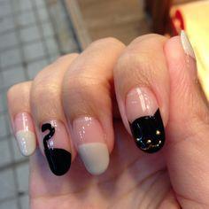 黒猫(しっぽ付き!)