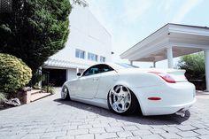 Lexus automobile - That white stuff Lexus Gs300, Lexus Lfa, Lexus Cars, Lexus Auto, White Lexus, Lowrider Trucks, Toyota Cars, Custom Cars, Custom Trucks