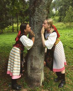 Šumiac village, Horehronie region, central Slovakia Brain Activities, Ancient Art, The Incredibles, European Countries, Costumes, Couple Photos, Czech Republic, Montessori, People