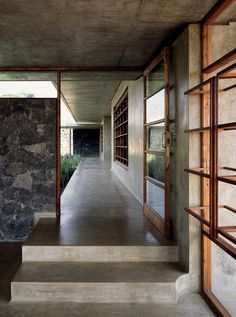 Utsav House – Bijoy and Priya Jain of Studio Mumbai featured in the always awesome habitusliving - read more here: http://www.habitusliving.com/live/the-space-in-between – That scoop on the bottom right of the concrete stairs is bliss