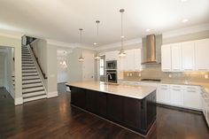 What an awesome kitchen in the #tratonhomes Inglewood A Plan!