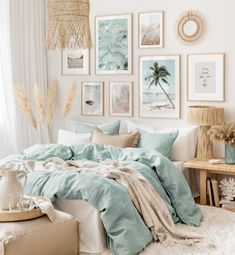 Cute Bedroom Ideas, Room Ideas Bedroom, Bedroom Colors, Diy Bedroom Decor, Home Decor, Spare Room Decor, Pastel Bedroom, Gold Bedroom, Bedroom Wall