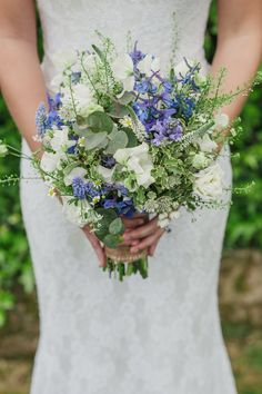 Bouquet Flowers Bride Bridal White Fresh Pretty Blue Country Barn Spring Wedding http://karenflowerphotography.com/