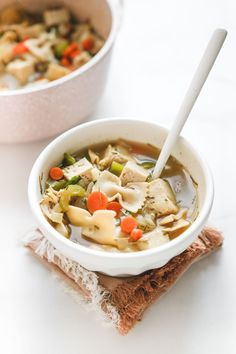 "A delicious fall-staple made with Nasoya Extra Firm Tofu! ""Chicken"" Noodle Soup with tofu! Gluten Free Noodles, Gluten Free Soy Sauce, Tofu Chicken, Chicken Noodle Soup, Vegan Soups, Vegan Food, Vegan Meals, Healthy Food, Vegetarian Food"