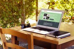 Freebie: Macbook Air Mockup Download on HeyBundle.com