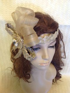 Perfect Headpiece For Tahitian And Cook Island Dancers! Weaved Lauhala, SeaGrass, Black Pearl And Hau Bark Hawaiian Themed Outfits, Tahitian Costumes, Polynesian Islands, Grass Skirt, How To Look Classy, Something Beautiful, Headpiece, Im Not Perfect, Pearls
