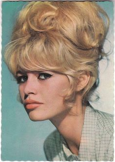 Love sixties style up do's