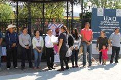 - Cumple su primer aniversario el Tianguis Regional Universitario - Participan artesanos de los cuatro municipios El regidor Miguel Cosme...