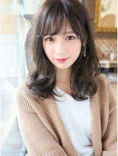 Medium Long Hair, Medium Hair Styles, Short Hair Styles, Kawaii Hairstyles, Hairstyles With Bangs, Beautiful Japanese Girl, Beautiful Asian Girls, Korean Haircut, Asian Short Hair