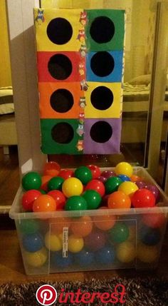 Juegos con material reciclable Games with recyclable material The post Games with recyclable material appeared first on Pink Unicorn. Toddler Play, Toddler Crafts, Preschool Crafts, Diy Crafts For Kids, Kids Diy, Toddler Learning Activities, Montessori Activities, Infant Activities, Creative Activities