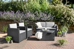Maak van de tuin een verlengstuk van de woonkamer met een loungeset van Allibert! #garden #lounge