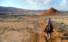 Hideout Lodge loping Wyoming