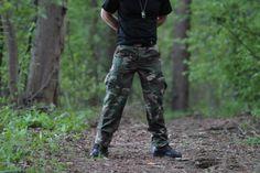 Nohavice v strihu BDU v maskovaní Woodland. http://www.armyoriginal.sk/3113/22603/us-maskace-bdu-woodland-sprane-teesar.html