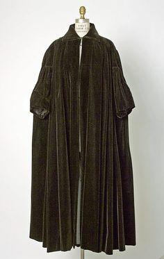 Coat, Evening House of Balenciaga (French, founded 1937) Designer: Cristobal Balenciaga (Spanish, 1895–1972) Date: fall/winter 1948–49 Culture: French Medium: silk