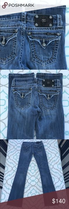 "💙👖Adorable Miss Me Jeans👖💙26 1/2 32.5"" So Cute 💙👖Adorable Miss Me Jeans👖💙 Size 26 (1/2). 32.5"" Inseam. 7"" Rise. 13"" Across Back. Some Stretch. Medium Blue Wash. medium Fading. Lightly Distressed (Hems, Pockets, Thighs). Back Flap Pockets! White Thick Stitching! Contrasting spice color thick stitching detail as well!!! SO Cute!! Miss Me! The Buckle! Ask me any questions! : ) Miss Me Jeans Boot Cut"