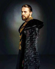 The warrior king. Metin Akdulger as Sultan Murad, Kosem Sultan, New Tv Series, Series Movies, Murad Iv, Warrior King, Ottoman Empire, Hollywood, Turkish Actors