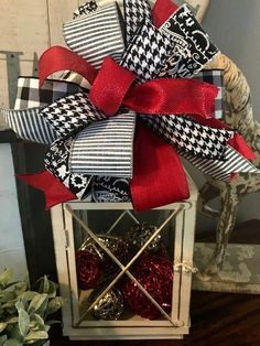 Excited to share the latest addition to my shop: Christmas Wreath Bow/ Lantern Bow/ Tree Topper/ Custom Handmade/ Garland Bow/ Black White Red/ Wreath Attachment/ Christmas Gift Bow Christmas Lanterns, Christmas Decorations For The Home, Christmas Centerpieces, Xmas Decorations, Fall Lanterns, Christmas Gift Bow, Rustic Christmas, Red Christmas, Christmas Holidays