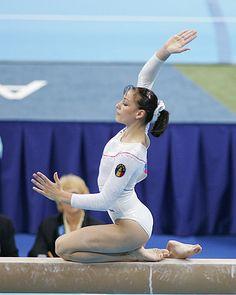 Cătălina Ponor - Romania - 2004 Beam Champion