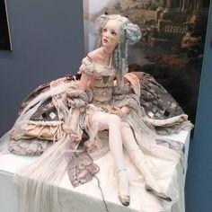 """VII Московская международная выставка """"Искусство куклы"""". Гостиный Двор.  Очень понравилось!  #искусствокуклы2016 #девочки_играют_в_куклы #девочкитакиедевочки"""