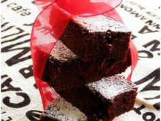 Rețetă Prajitura rapida cu cacao, de - Dulceata_de_trandafiriPetitchef Soul Food, Cooking Recipes, Sweets, Desserts, Tailgate Desserts, Deserts, Gummi Candy, Chef Recipes, Candy