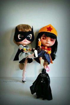 Batgirl & Wonder Woman