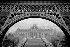 #Paris is one of my favorite places to photograph. I will be returning with #deborahsandidge in Septe 2014 for a fun workshop in the city of lights and love. See details here. http://www.photographers-lounge.com/international-workshops/2014-workshops/paris-workshop/