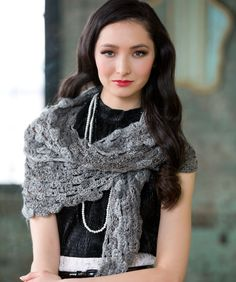 Shades of Grey Scarf Free Crochet Pattern #RedHeart #BoutiqueChanges
