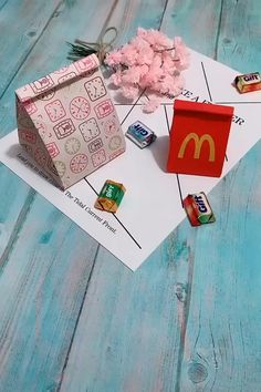 How To Make Easy Paper Bag. Gifts Gifts novio Diy Paper Bag, Cool Paper Crafts, Paper Crafts Origami, Fun Crafts, Crafts For Kids, How To Make A Paper Bag, How To Make Origami, Paper Gifts, Diy Crafts Hacks