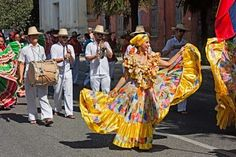 18 Awesome traditional colombian clothing images
