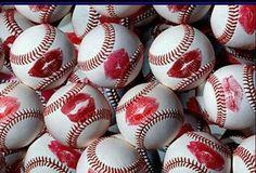 Baseball kiss <3