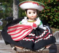 "Vintage 1980's International Madame Alexander Doll 8"" Mexico #576"