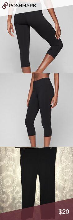 Athleta High-rise Chaturanga Capri Leggings Athleta. Size M. Black high-rise Chaturanga capri leggings. Worn, but minimal damage. Some pilling (in photos). Athleta Pants Leggings