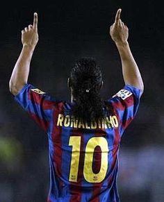 One of my favourites, Ronaldinho. ⚽