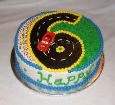 Race track cake