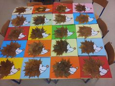 Aunque lo típico son motivos navideños para las portadas de los trabajos del primer trimestre este año por motivos que no vienen al caso he... Kids Crafts, Leaf Crafts, Fall Crafts For Kids, Preschool Crafts, Art For Kids, Diy And Crafts, Fall Arts And Crafts, Autumn Crafts, Autumn Art