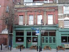 Queens Head, Whitechapel - The Queens Head was situated at 83 Fieldgate Street. Closed in 2001 and now used as a restaurant. Also known as Taggles