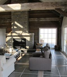 Sumich Chaplin - Barn House - Loving the wood detail and the floor!