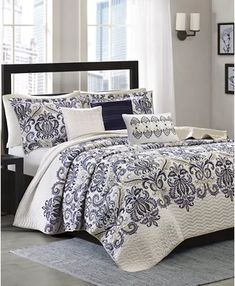Plaid Design, Paisley Design, King Pillows, Pillow Shams, How To Clean Pillows, King Duvet Cover Sets, Bed In A Bag, Decorative Pillows, Cali