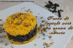 Pasta di #fagioli con crema di #carote e granella di #pistacchi #senzaglutine, #vegan http://senzaebuono.altervista.org/pasta-di-fagioli-neri-crema-carote/