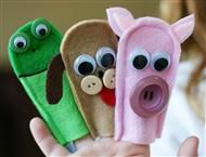 "Ooh, and i know the ""signs"" for these too! (not sure what the green one is.... Any ideas?)  Easy felt finger puppets"