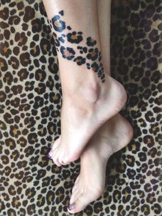 My Leopard Print Tattoo Cute Thigh Tattoos, Mommy Tattoos, Ankle Tattoo, Sexy Tattoos, Unique Tattoos, Beautiful Tattoos, Body Art Tattoos, Sleeve Tattoos, Tatoos