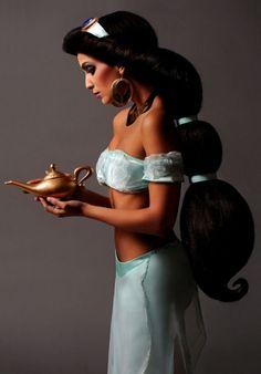 Las princesas de Disney son reales! Jasmine!