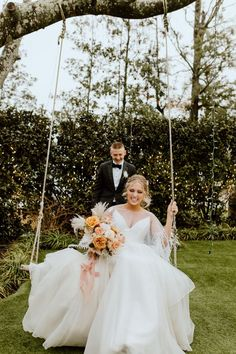 Fun + playful couple portrait inspo | Image by The Family Films