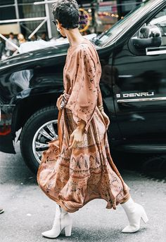 Last Year's Clothes, This Year's Styling: An Editor's Guide to Getting It Right via @WhoWhatWearUK